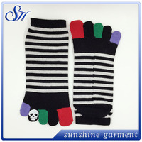 2016 Cartoon five fingers all cotton socks for men and women
