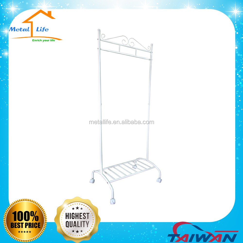 Easily assemble metal hanging clothes rack