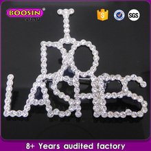 Custom Zinc Alloy Rhodium Plated Clear Crystal I Do Lashes Letter Brooch Pins
