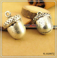 Charms Acorn Pendants Antque Gold Pewter Solid Cast 12x11 Fall Charms Autumn Pendants Thanksgiving Charms