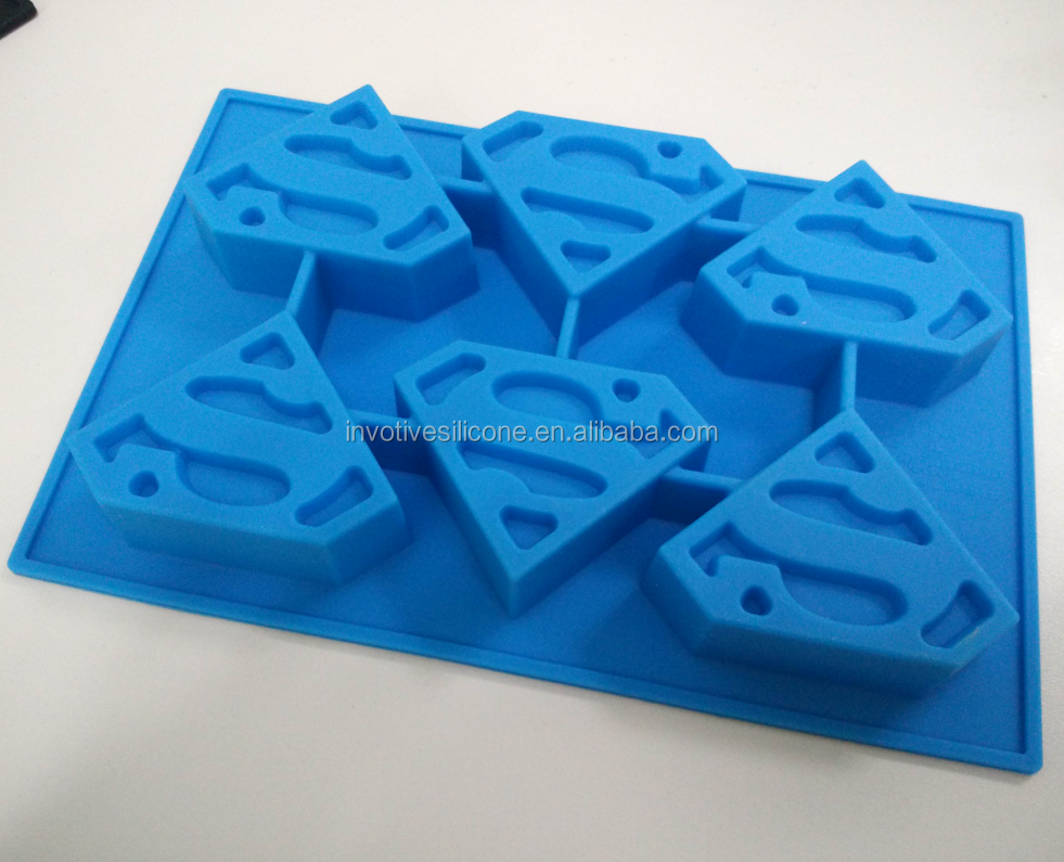 Sedex factory custom Marvel cartoon shape silicone personalized ice cube tray