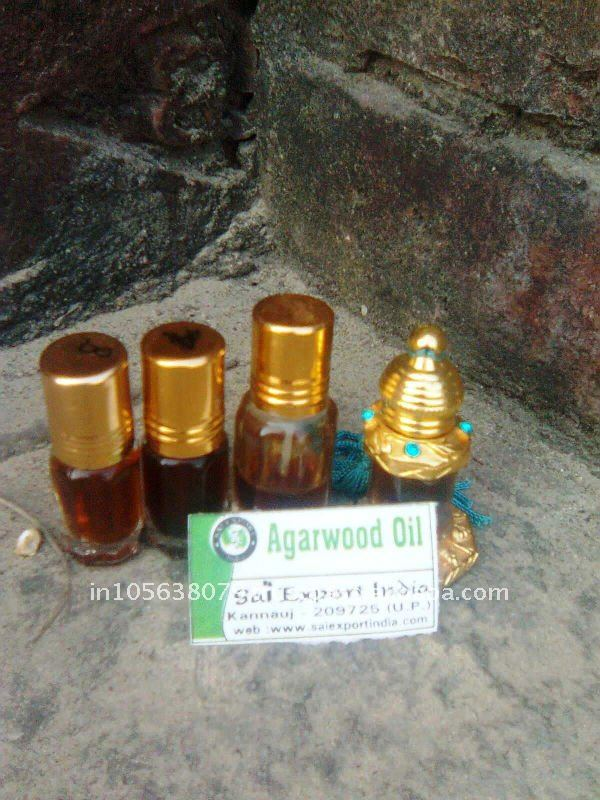 Oud Hindi-Khalish/ Agarwood oil/Oud oil