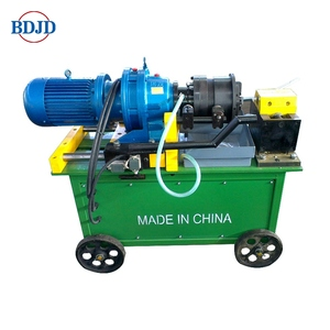Rebar thread rolling machine for flat die