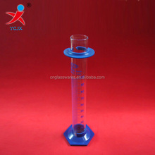 Graduated cylinder with plastic base