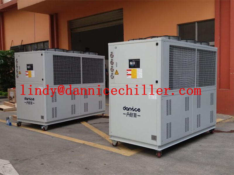 Stable Performance and low noise Three Sanyo compressors 30ton industrial chiller suppliers Columbia