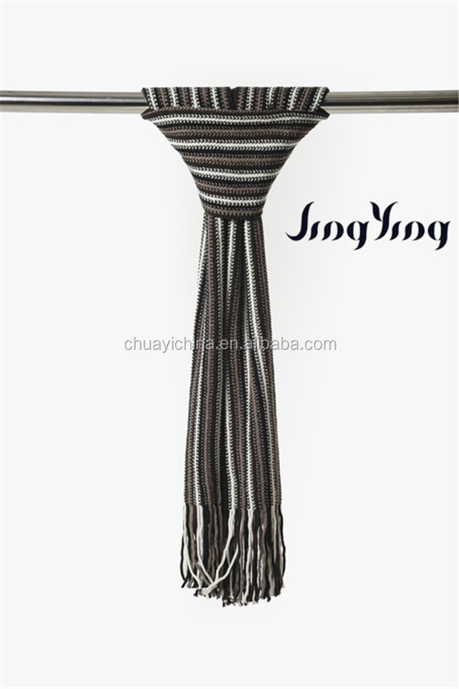 Fashionable men's Acrylic black/white stripe patterned warp scarf with tassels