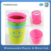 Manufacture lower price plastic pen holder mould maker in Dongguan