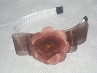 hairband with wooden flower