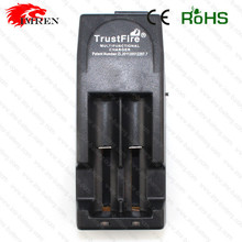 Trustfire TR-001 hot selling aa battery charger/best aa battery charger/ni cd 2 3 aa rechargeable battery charger