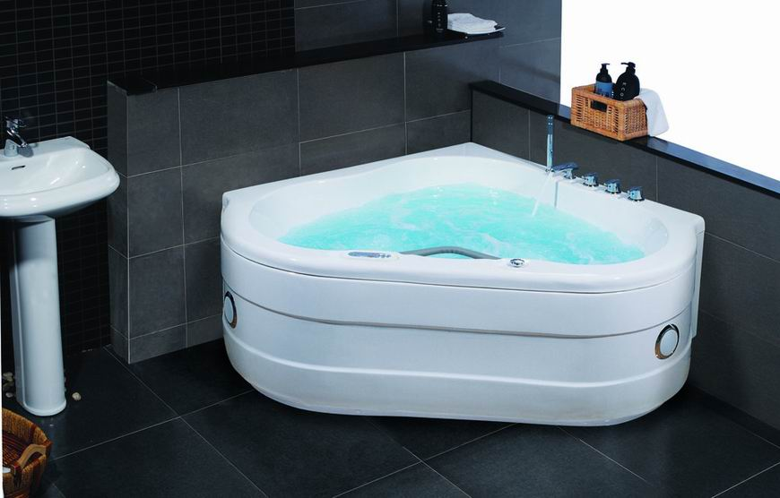 Special lovely white acrylic family massage bath tub