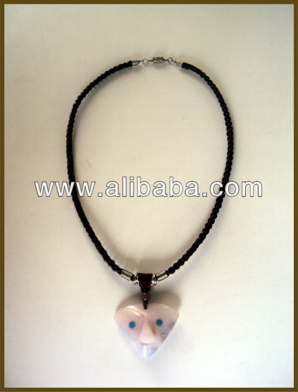 NECKLACE HANDMADE WITH PRECIOUS STONE
