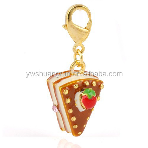 Yiwu wholesale bread thomas keychain charm,fashion necklace pendant factory