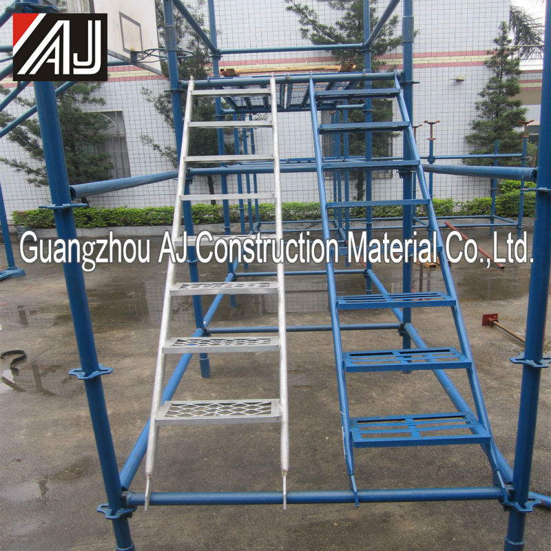 Anti-slip steel catwalk ladder