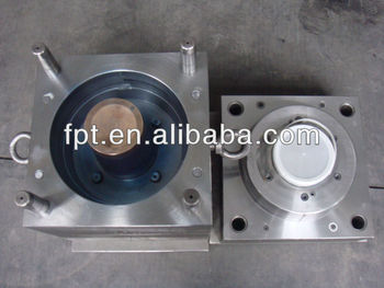 the thin wall container Mould