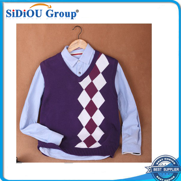 Fashion Branded Cable Knit Sweater Vest