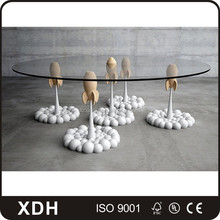 Creative design round clothes shop counter glass retail display table