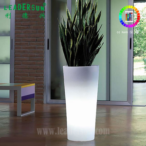 Big size Waterproof RGB light up glowing Flower pot Led Tall Plastic Vase with remote controller
