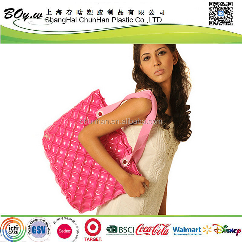 Sedex factory popular customized design shoulder beach handbags woman inflatable pvc clear plastic bag
