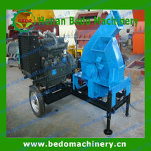 mobile wood chipper for making paticle board