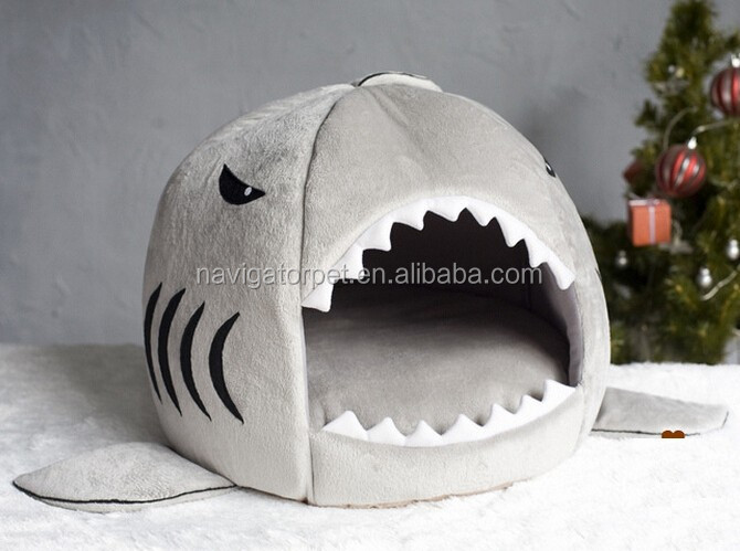 Adorable Shark Shape Pet Soft House