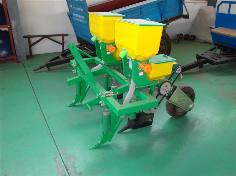New design corn fertilizer planting machine/ manual plastic hand spreader