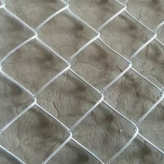 Hot sale high quality chain link fencing and chain link fence calculator