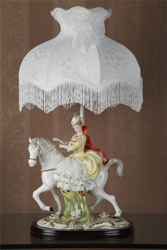 Antique handmade vintage carriage porcelain figurine luxury table lamps