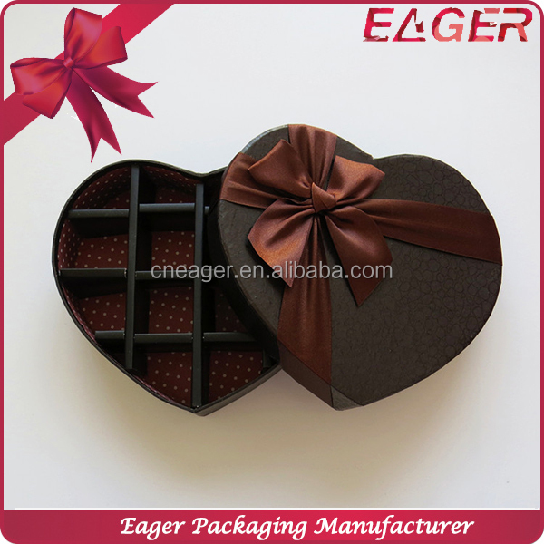 Paper candy gift box for packaging, heart shaped wedding candy box
