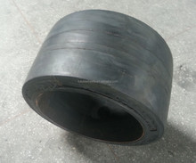 ANYGO brand 28x16x22 (771x406x558.8) SM press on solid tire ,Forklift solid tyre/tire ,solid cushion tire XZ11