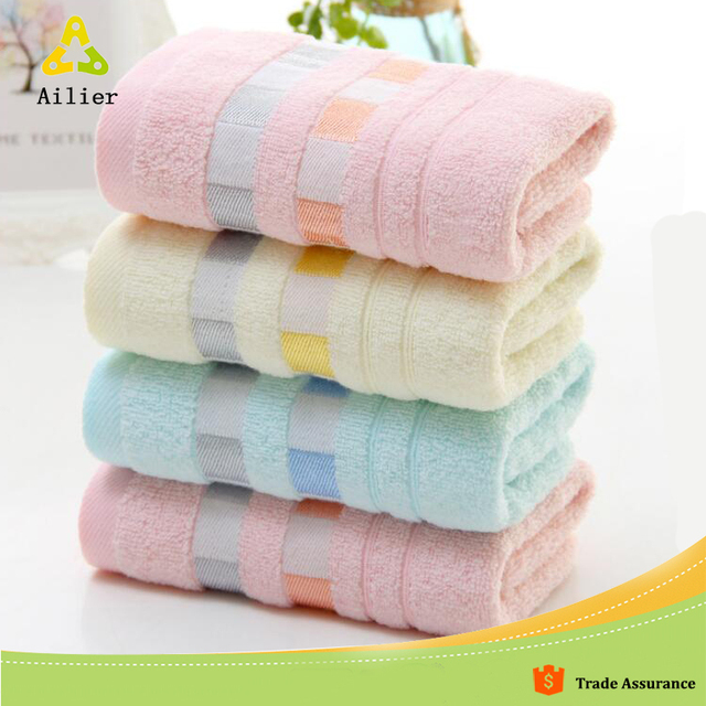 Suede Towel Manufacturer Gold Table Cloth