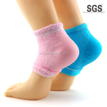gel moisturising toes opening socks for beauty care and skin care