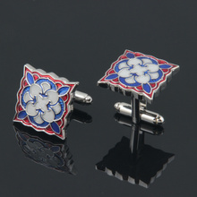 Hot sale factory direct price black knight logo cufflinks