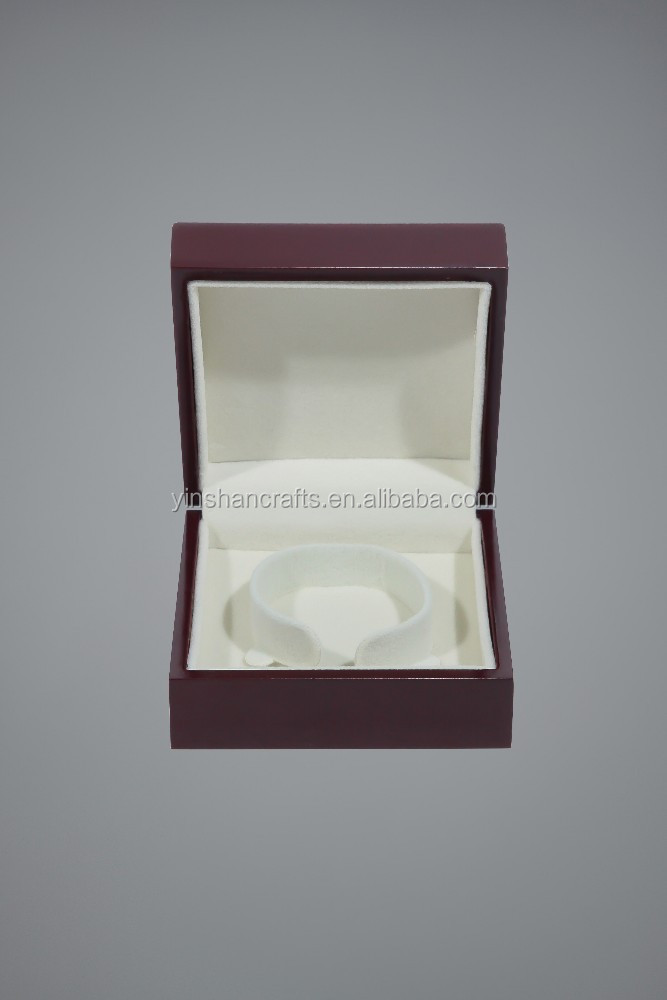 wood lacquering jewelry box