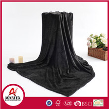 100 polyester machine knitted solid thick soft king size flannel blanket