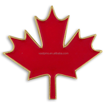 Customized Canadian maple leaf gold plating lapel pins