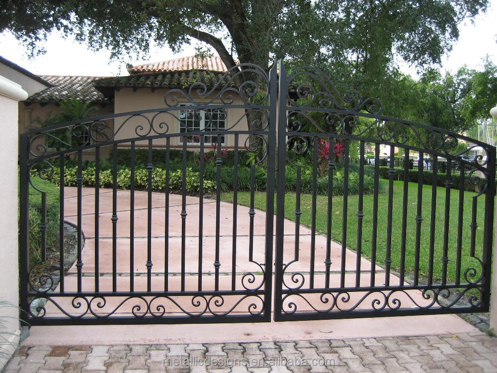 D coration porte de fer portes de fer industriels for Decoration porte fer