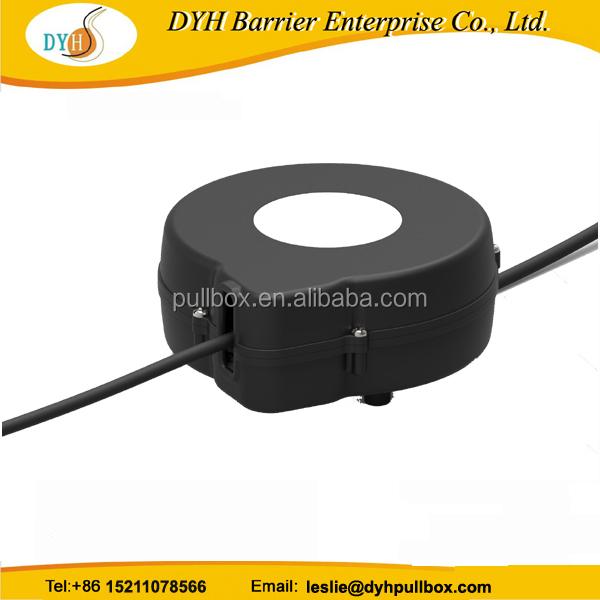 retractable spring loaded cable reel/retractable cable reel device
