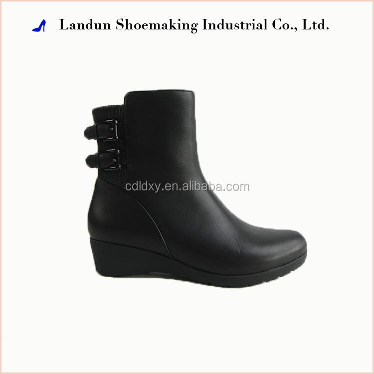 Winter women fashion flat leather boots lady shoes