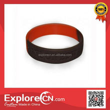 2016 Logo Debossed silicon rubber band bracelet with certificate