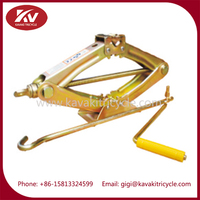 Guangzhou factory supply three wheel gasoline cargo motorcycle tricycle repair tool scissor lift jack
