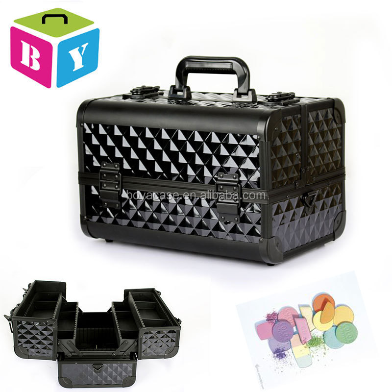 Professional easy carrying aluminum frame beauty vanity make up cosmetic box train case with plastic trays dividers locks