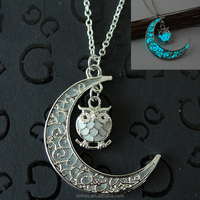 Latest design Fashionable Hollowed-out moon lovely owl glow pendant necklace Christmas night light alloy necklace for gifts