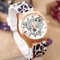 2015 new Vogue Design Women Lady Leopard Head Watches Leopard Silicone Fashion Watches