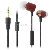 2014 hot selling wooden fancy color headphones from China manufacturer