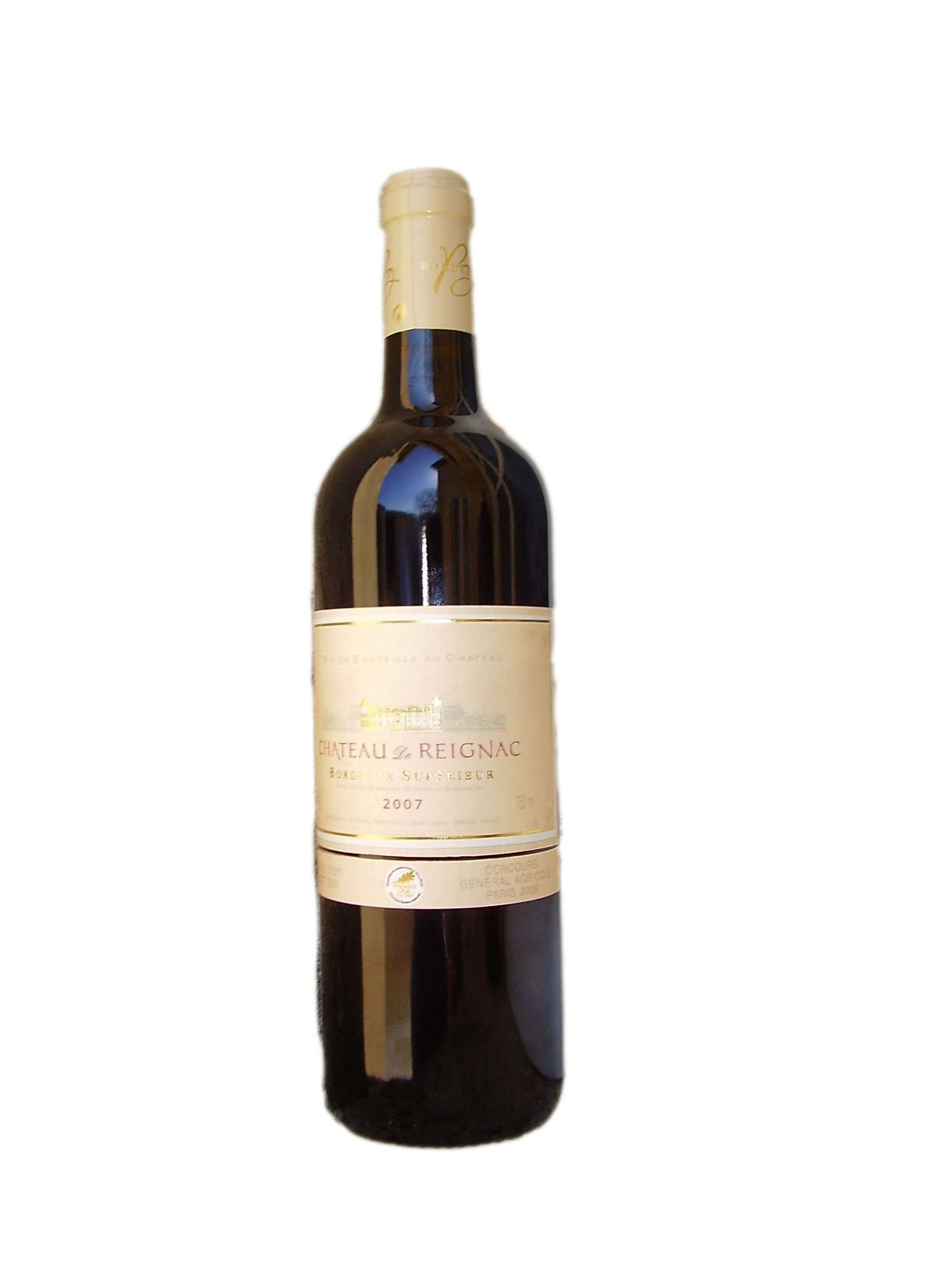 french wines Looking for a cheap, but well made french wine with plenty of character here is a list of recommended value-priced french wines for under $15.
