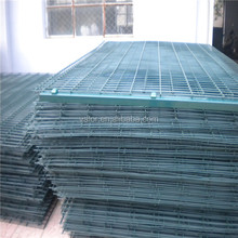 welded wire mesh recycled vinyl fence