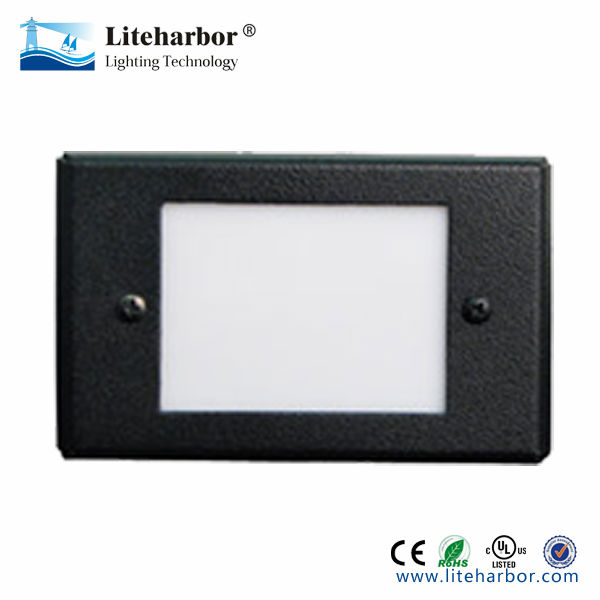 12V Horizontal LED Mini Step Light with Smooth White Acrylic Lens for theater