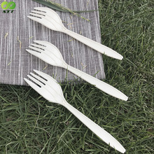 China Supplier Wholesale Dinner Disposable Cornstarch Long Handle Fork