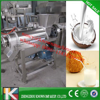ripe brown or green coconut meat processing or coconut meat grinder and coconut milk extracting machine