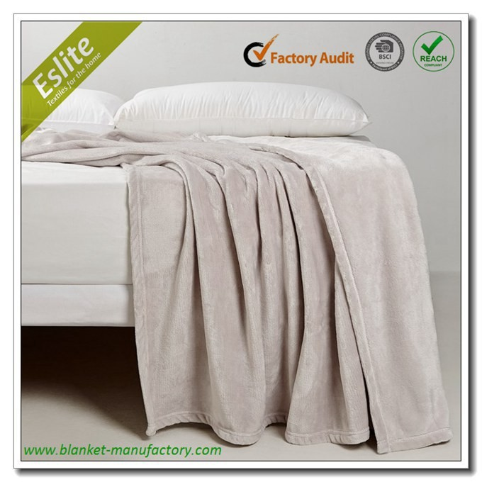 100% Polyester Solid Colour Flannel Fleece Heated Water Blanket